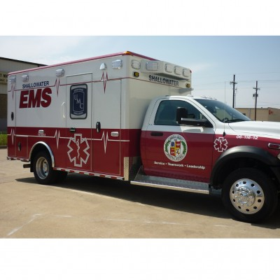 EMS Vehicle with reflective vinyl